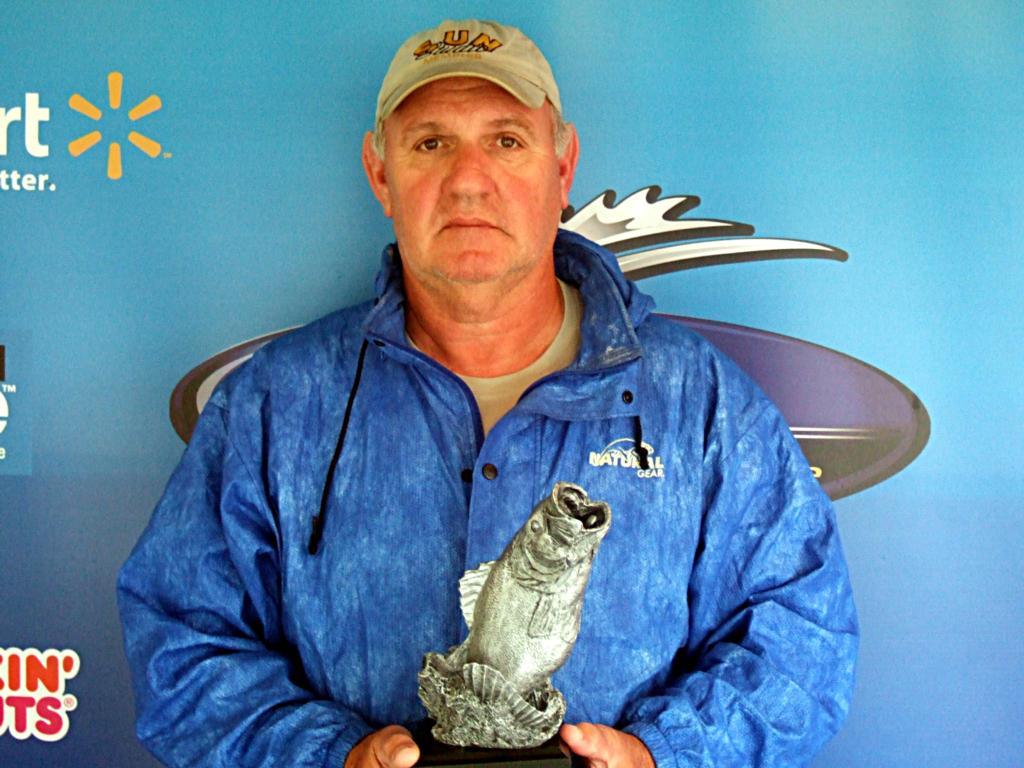 Image for Fox wins Walmart BFL event on Barren River