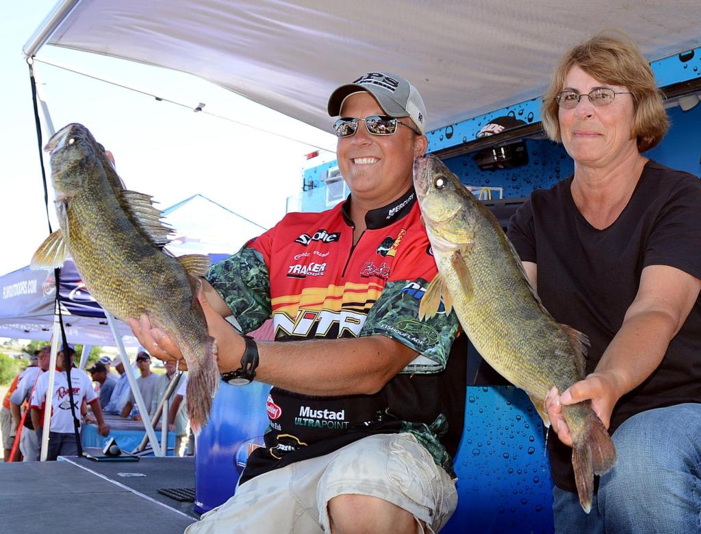 Image for Parsons takes over lead on Oahe