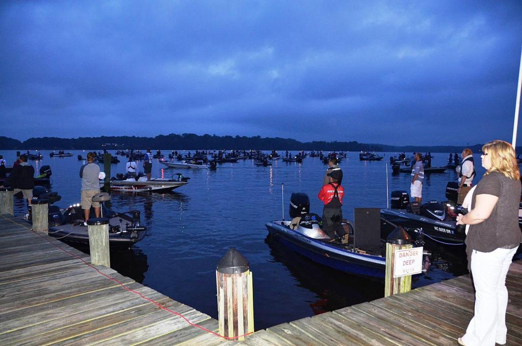 Image for Potomac River EverStart kicks off