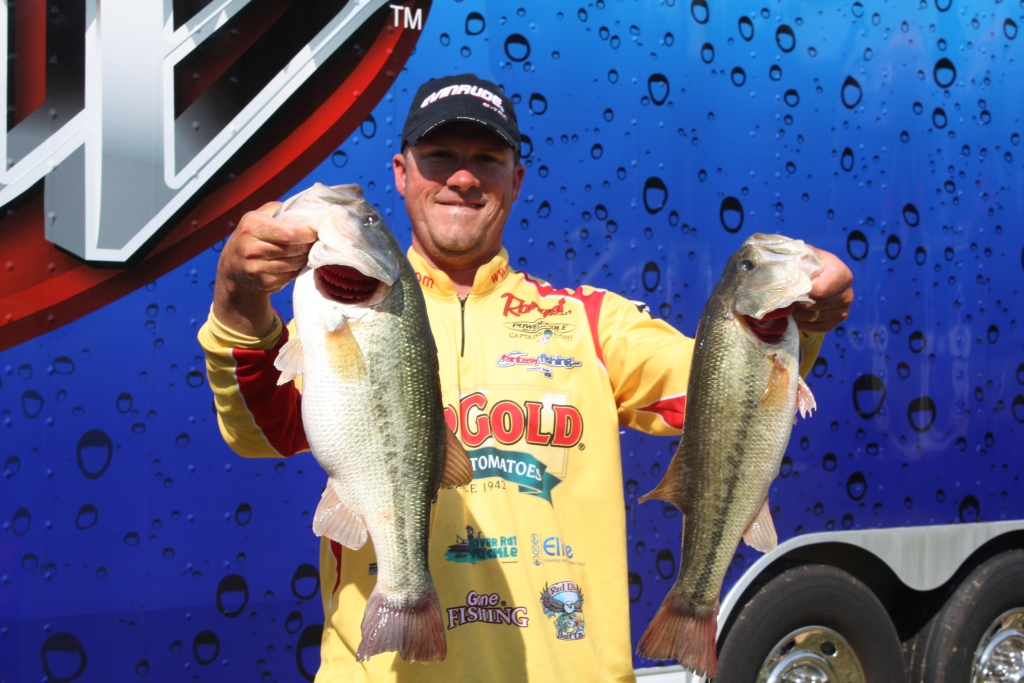 Image for Hollowell claims early FLW Tour lead on Kentucky Lake