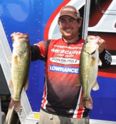 John Cox caught 18-15 to end day one in fourth.