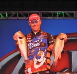 Dave Lefebre weighed in the biggest limit of the event -- 23-15 -- to jump into second place on day three.
