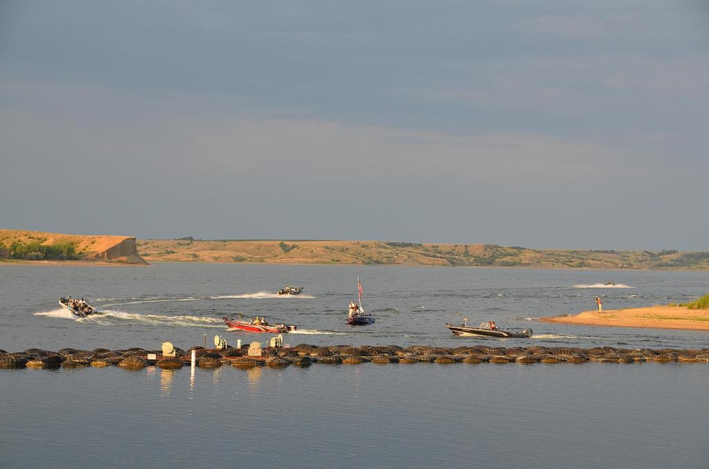 Image for Oahe heating up