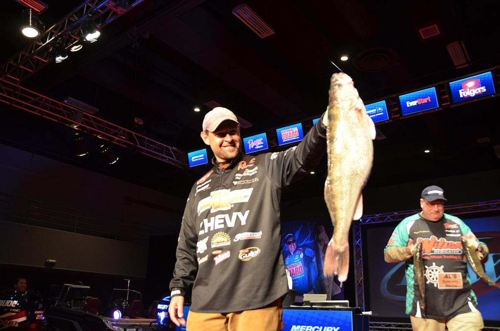Image for Przekurat Takes Lead At National Guard FLW Walleye Tour Championship On Mississippi River
