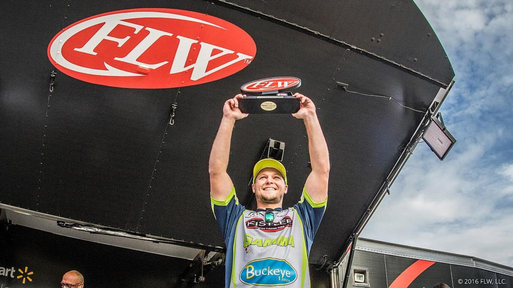 Image for Sheppard Marches to Co-angler Costa Title