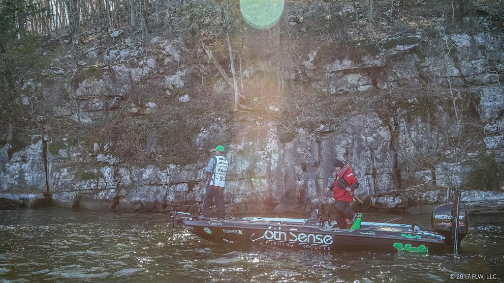 Image for Lake Guntersville Day 2 Coverage