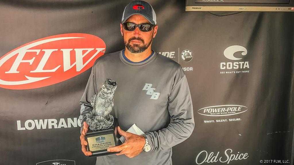 Image for Watts Earns First BFL Victory on Pickwick
