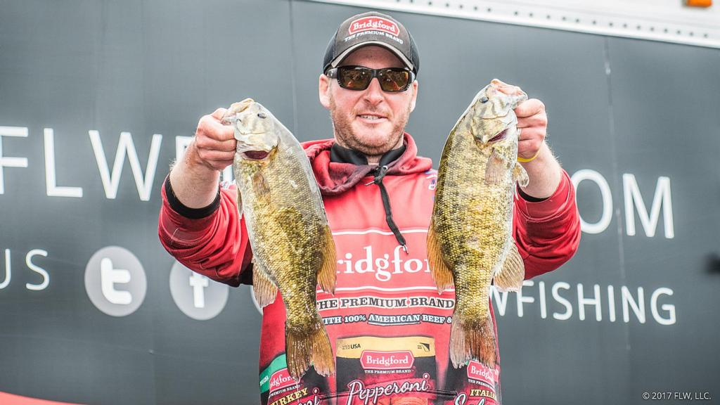 Image for Wisconsin's Stefan Leads Day One of FLW Tour on Mississippi River Presented by Evinrude