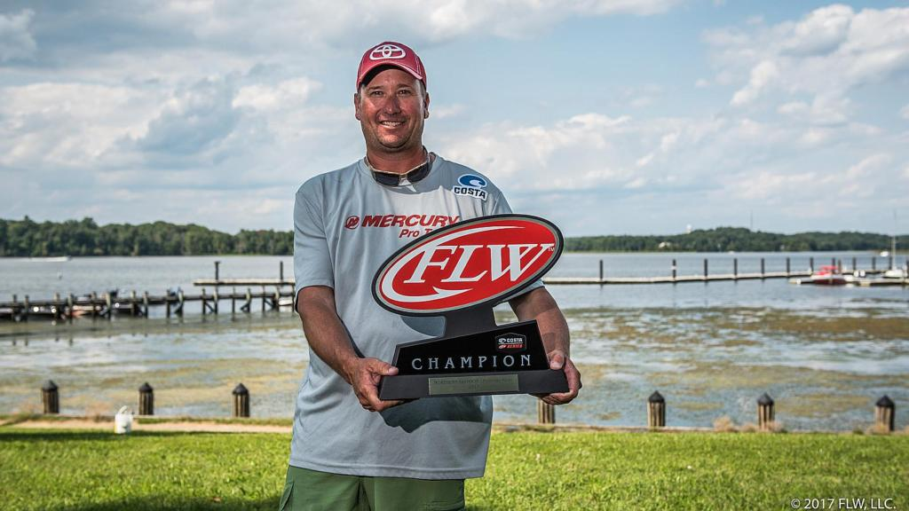Image for Virginia's Hicks Wins Costa FLW Series Northern Division Finale on Potomac River Presented by Plano
