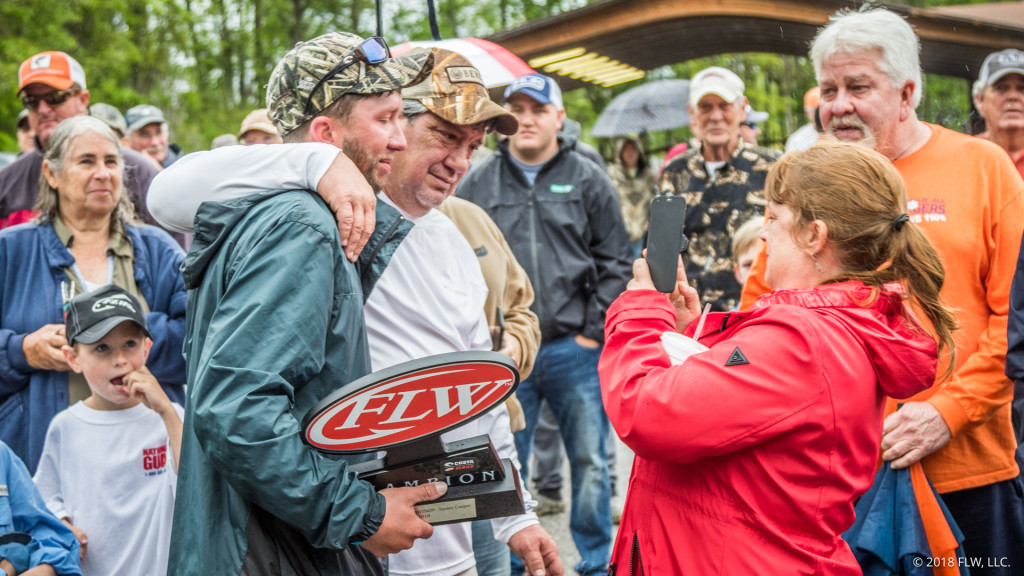 Image for McNeill Crushes Co-angler Competition