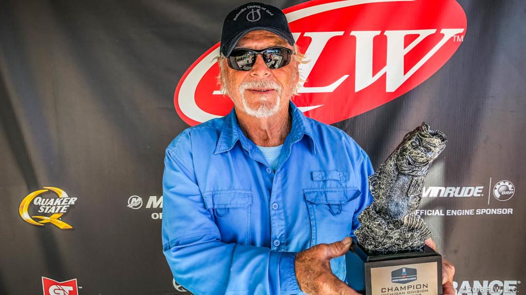 Image for Belleville's Goshen Wins T-H Marine FLW Bass Fishing League Michigan Division Finale on Detroit River