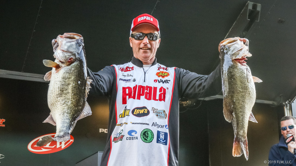 Image for Kentucky's Bolton Vaults into Lead after Day Two of FLW Tour at Sam Rayburn Reservoir presented by Polaris