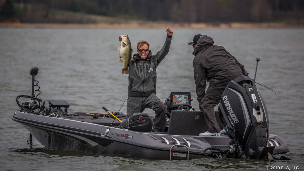 Image for Kentucky Lake Midday Update – Day 1