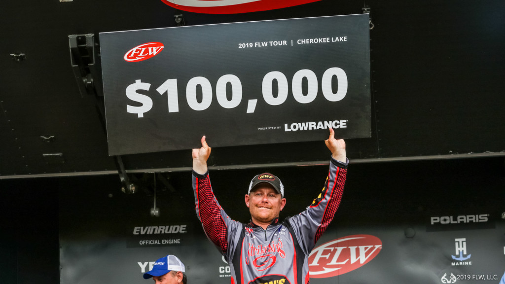 Image for Oklahoma's Upshaw Leads Wire-To-Wire, Wins FLW Tour on Cherokee Lake Presented by Lowrance