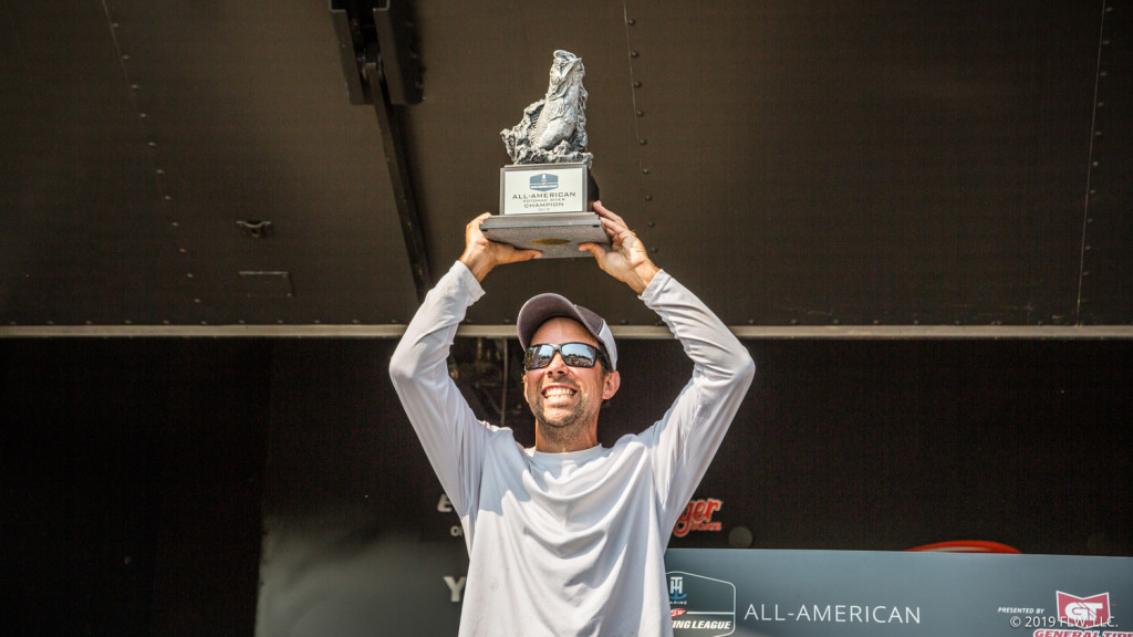 Image for Co-angler Dacey Wins Wire-to-Wire