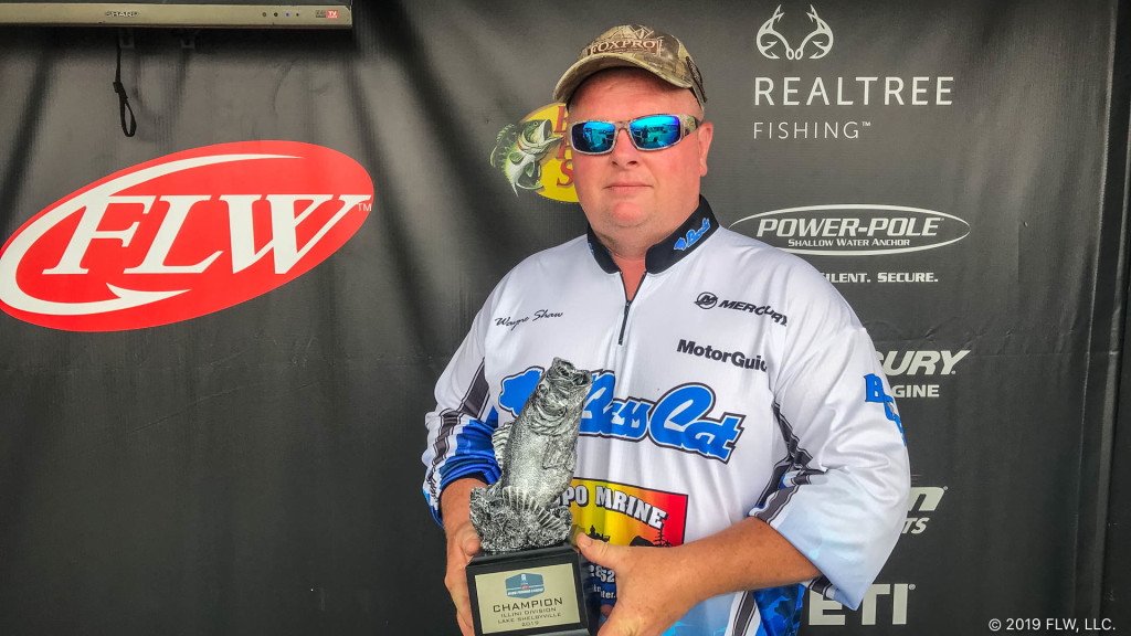 Image for Urbana's Shaw Wins T-H Marine FLW Bass Fishing League Tournament on Lake Shelbyville