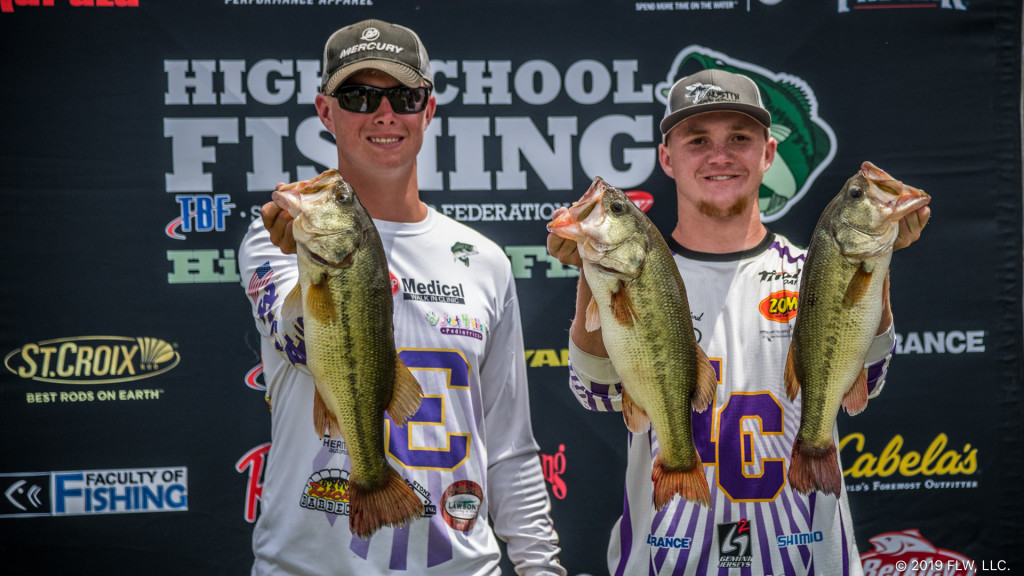 Image for Bedford, Brown Lead at Pickwick