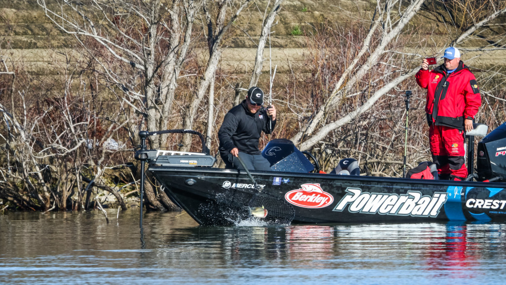 Image for Cox Pads Lead at Tackle Warehouse Pro Circuit at Sam Rayburn Reservoir