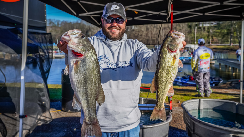 Image for Chickamauga Promises Great Fishing for Volunteer Division