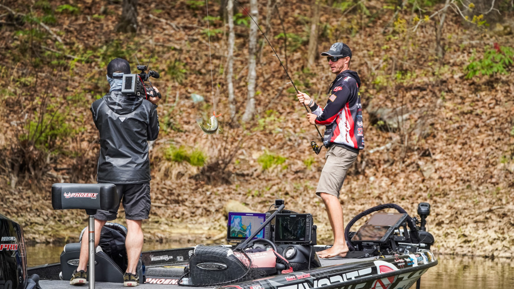 "Image for ""FLW Fishing"" to Premiere on Outdoor Channel  Friday, July 3"