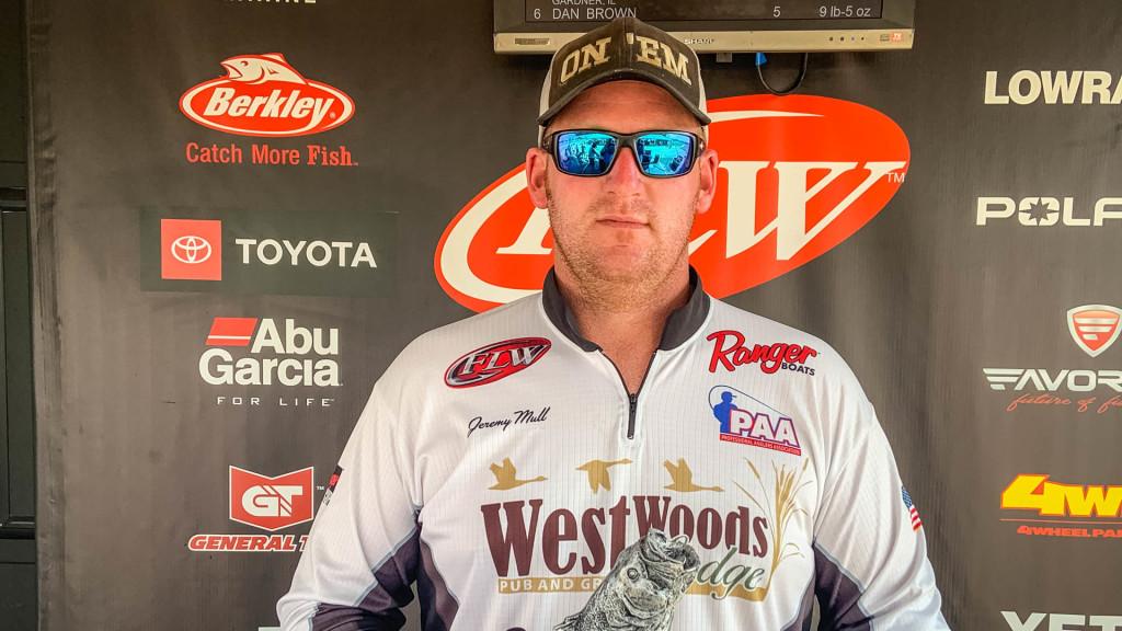 Image for Pawnee's Mull Wins Phoenix Bass Fishing League on Lake Shelbyville