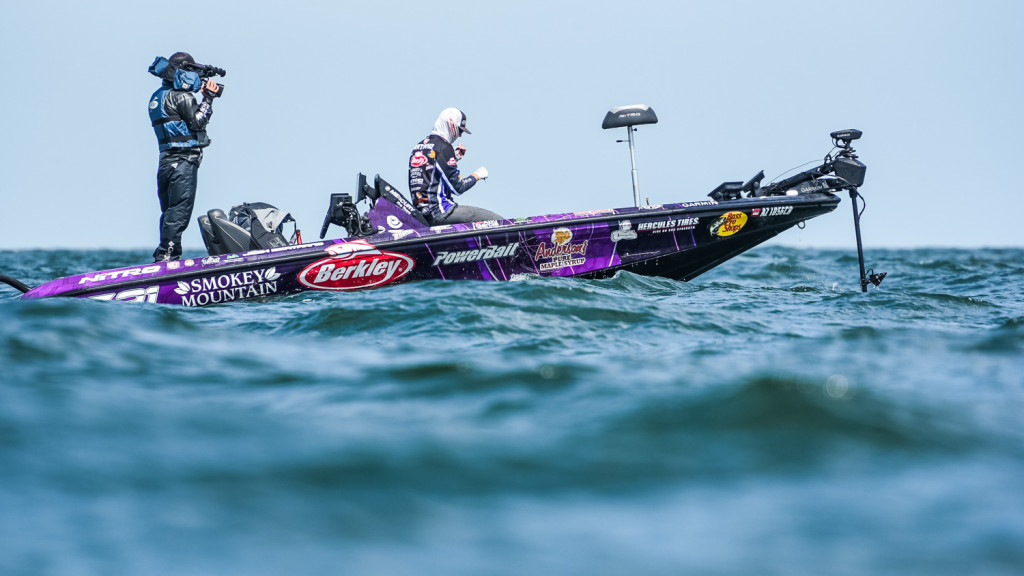 Image for Bertrand Reclaims Lead at Tackle Warehouse Pro Circuit at Lake Erie