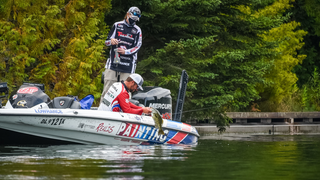 Image for Kurt Mitchell Dominates Day One at Tackle Warehouse TITLE presented by Toyota at Sturgeon Bay