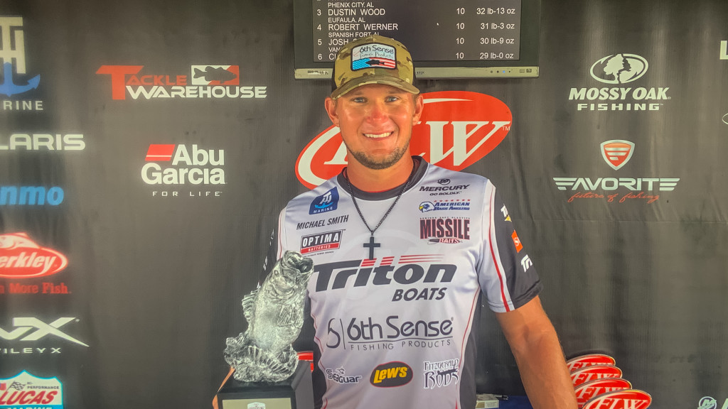 Image for Andalusia's Smith Wins Two-Day Phoenix Bass Fishing League event at Lake Eufaula