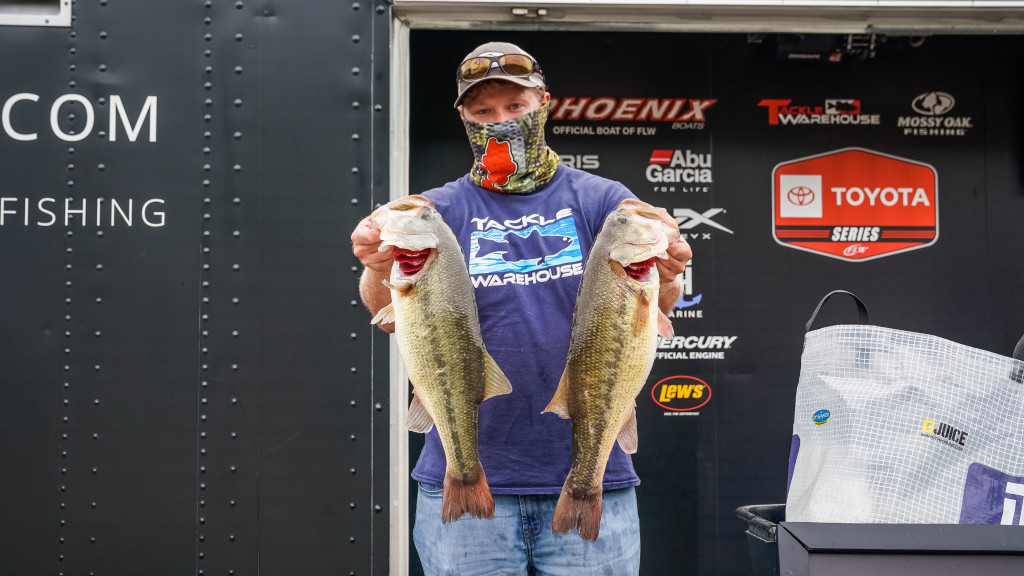 Image for Cook Blasts 23-9 on Lake of the Ozarks